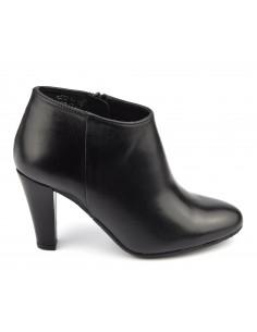 Low boots, cuir lisse noir, petites pointures 33,34, Valos, Bella B