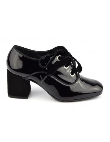 Derbies, lacets, cuir verni noir, Bouts carrés, Vintage, petites pointures femmes, 1980, Dansi