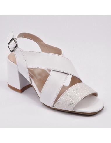 Sandales cuir lisse blanches et argent, chaussure femme petite pointure