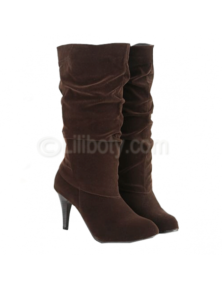 Women's brown Amarantine heeled boots in small size