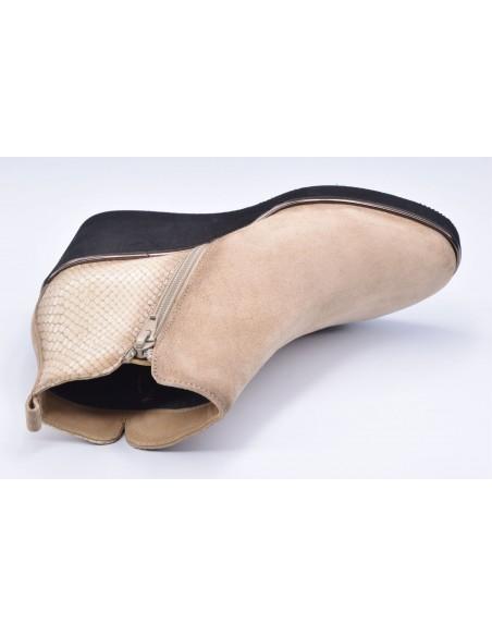 chaussure, bottines compensées, femme petites pointures, camel, vue diagonale couché avant