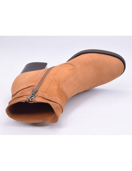 chaussure, bottines, femme petites pointures, cognac, vue diagonale couché avant