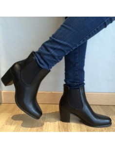 Bottines noires à talons petit prix, chaussures femme pas cher tendance