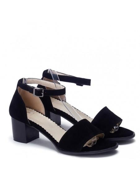 f52c95edeb5ee1 Sandales noires à talon carré