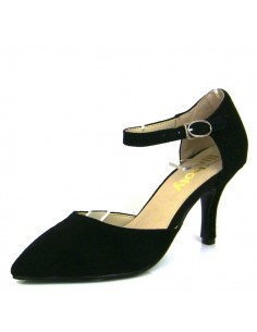 Women's black pumps with small straps