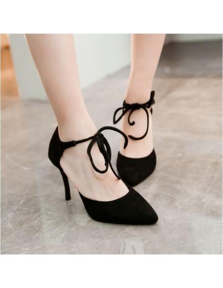 Escarpins noirs à lacets petite pointure femme