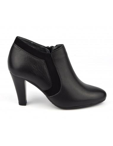 Low boots classiques, cuir lisse, noir, Valgo, Bella B, petites pointures